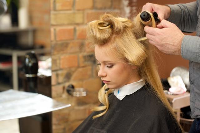 ヘアサイクルから学ぶ女性の薄毛原因とは?