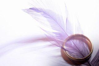 白髪を紫に染めるとキレイな白に!?パープルヘアの不思議に迫ってみました