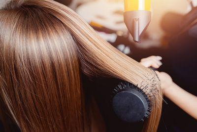 ロレッタ ベースヘアオイルで本当にサラサラ髪になれるの?